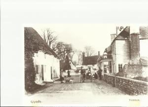 Glynde stores 1900's (2)