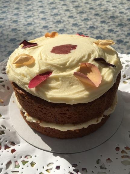 Vintage Rose & Raspberry Cake